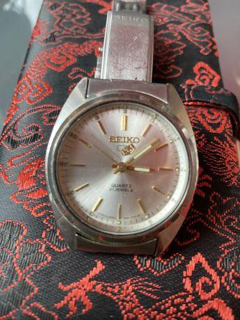 Кварцевые часы Сейко оригинал