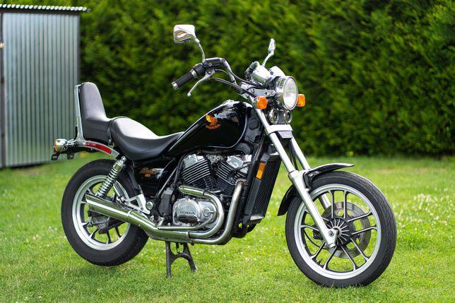 Honda VT 500 Shadow VT500 Virago
