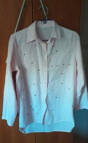 Koszula damska z ozdobnymi koralikami