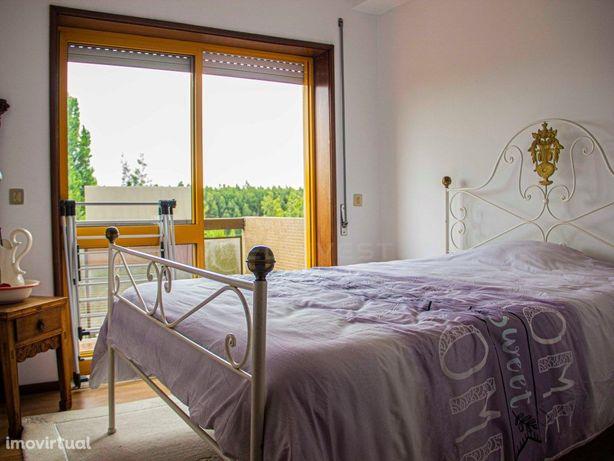 Apartamento T3 - Ultimo Piso / Mozelos c/ Vistas de Mar