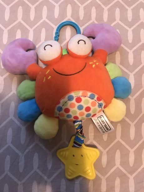 Подвеска на каляску + подарок игрушечка