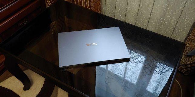 Ультрабук ASUS PRO B9440UA. Cor i5-7200u. 8gb/512ssd