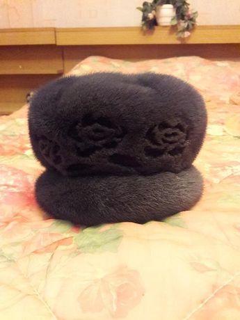 Продам женскиую норковую шапку