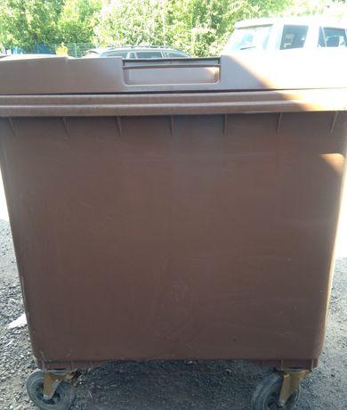 pojemnik kubeł na odpady śmieci plastikowy 660 litrów