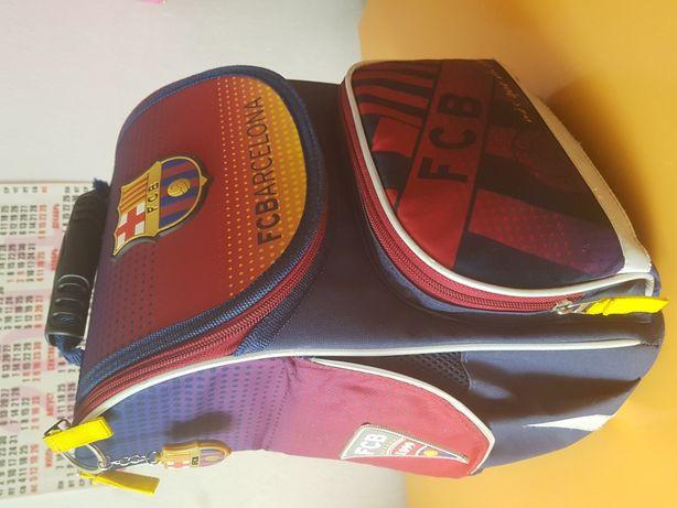 Рюкзак школьный каркасный Kite для мальчика.