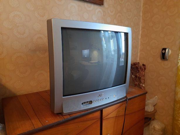 Продам телевизор JVC недорого 700 грн.
