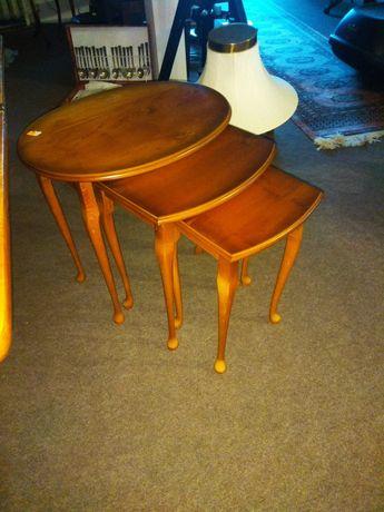 3 stoliki