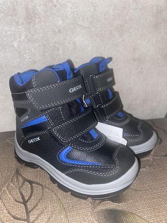 Продам зимние ботиночки Geox 24 размер