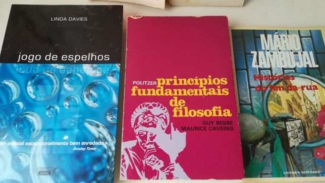 Policial , Romance , Filosofia , Clássico