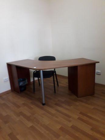 Угловой офисный стол 120 см х 120 см х 75 см