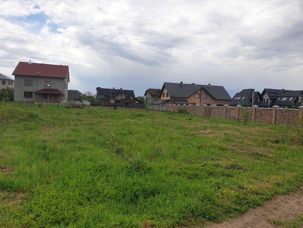 земельна ділянка в Крихівцях