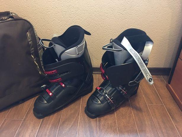 Лыжи ROSSIGNOL с ботинками, палками, чехлами, полный комплект
