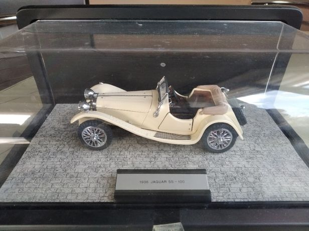 модель 1.24 Franklin Mint Jaguar SS-100 1938