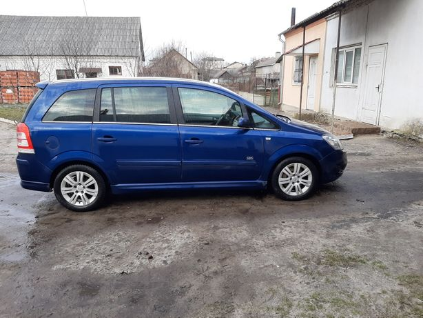 Продам Opel Zafira B! 7 місць!
