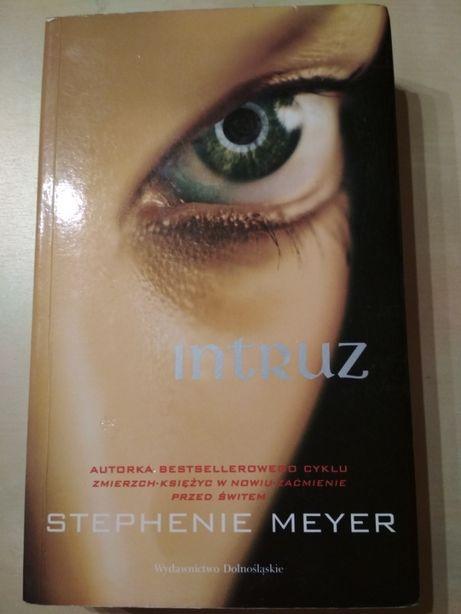 """Książka """"Intruz"""" Stephanie Meyer"""
