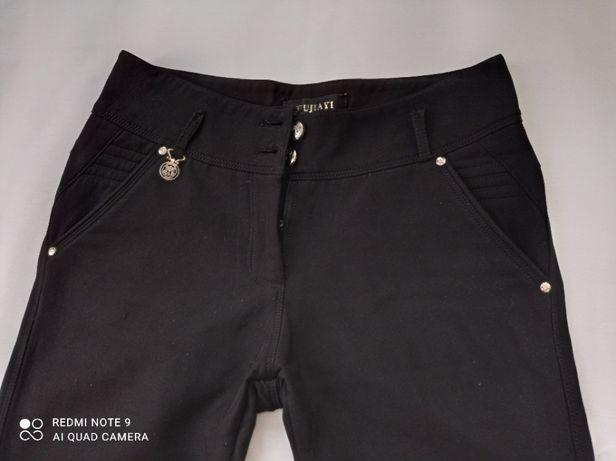 Черные детские брюки на флисе