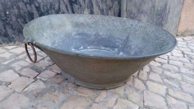 Banheira Antiga (celha),em chapa de zinco