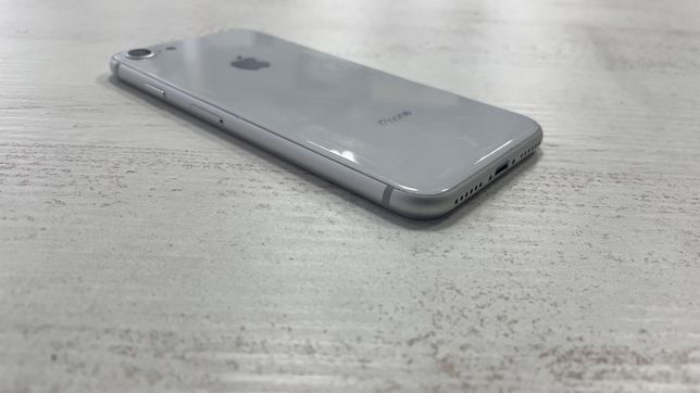 Iphone 8/64 белый