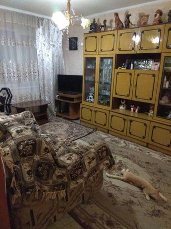 Продам квартиру, 3 комнаты, с ремонтом, с мебелью