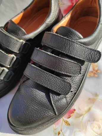 Кожаные женские туфли 39-40 р.