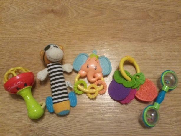 Zabawki grzechotki dla niemowlaka