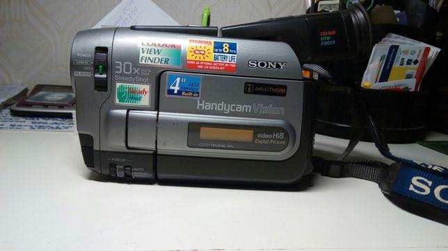 продаю видеокамеру CCD-TRV 94 E
