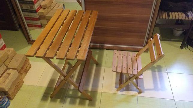Stolik i krzesełko składane dla dziecka.