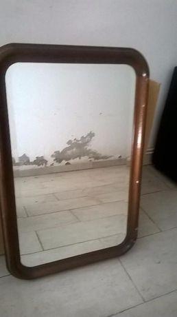 Espelho castanho