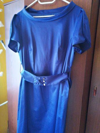 Sukienka szafirowa