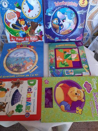 Livros de atividades e puzzles