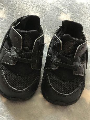 Кросівочки Nike