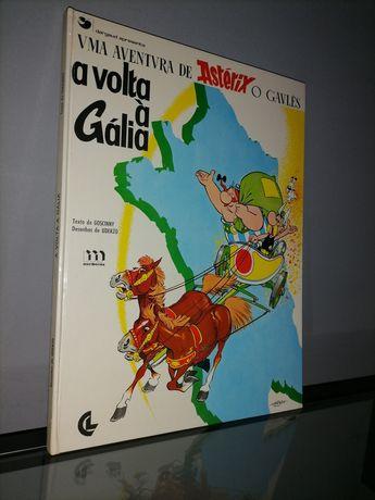 """Livros """"Asterix e Spirou"""""""