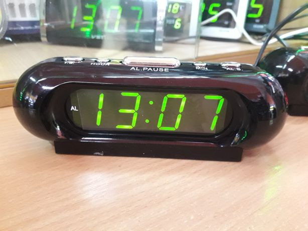 Часы электронные сетевые светящиеся настольные vst 716