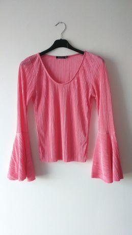 Boohoo różowa plisowana bluzka szerokie rękawy hiszpanka