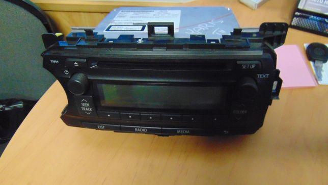 Gru>Toyota Yaris III radio fabryczne