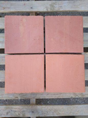 Tijoleira de barro semi-rústica para chão 23x23 cm