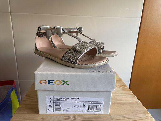 Sandálias Geox menina em excelente estado N34