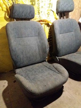 Продам сидения Daewoo Nexia