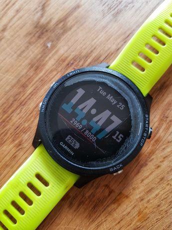 Zegarek sportowy Garmin Forerunner 935 GPS