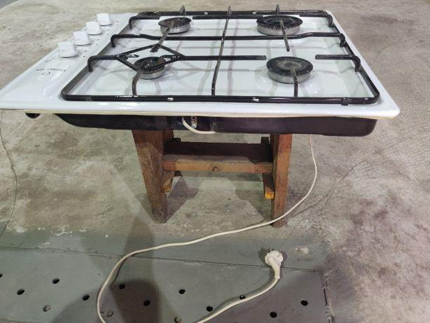 Продам газовую плиту врезную Greta СВ-4