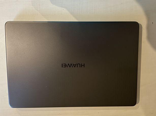 Huwawei MateBook D15 12 GB (128Gb+1Tb)