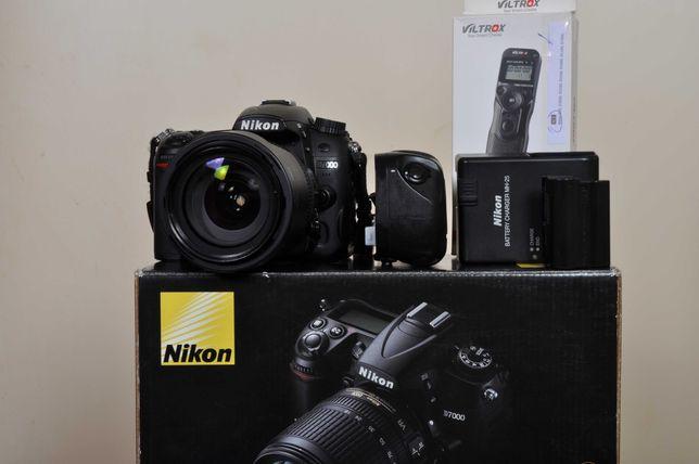 Nikon D7000 estado novo + AF-s 18x105 + Grip + Disp/Timer+ Bat. suplen
