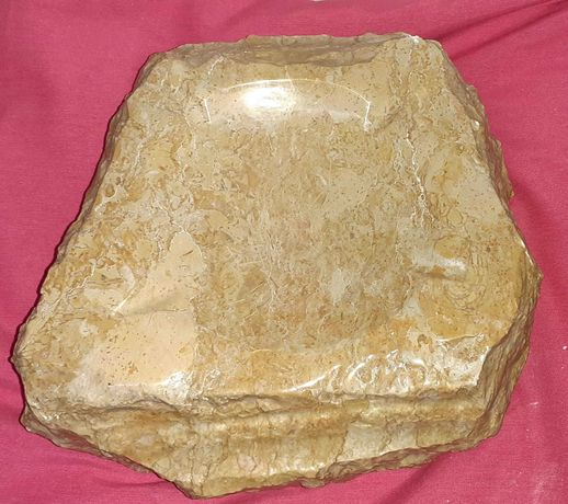 Cinzeiro em Pedra Lapidada