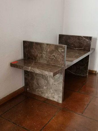 Stolik marmurowy