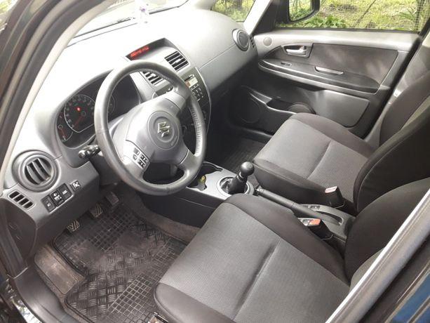 Suzuki SX4 седан