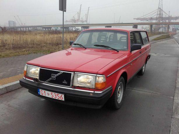 Volvo 240 kombi redblock