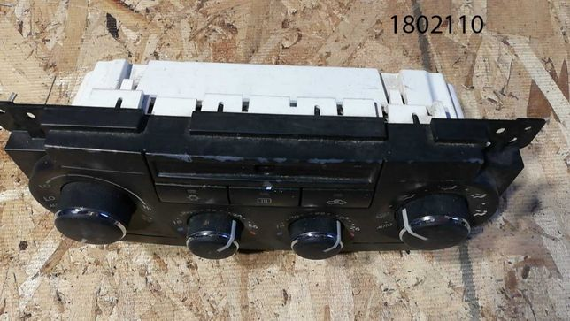 Panel Klimatyzacji Chrysler 300C 497AF(uszkodzony)