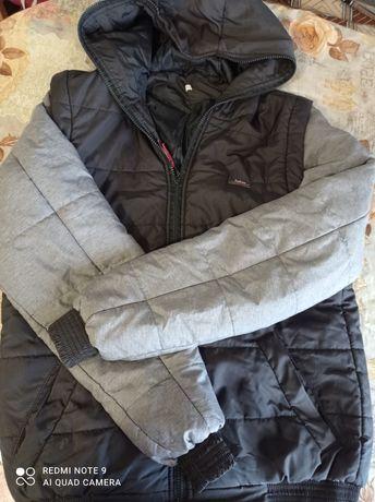 Куртка весна-осень на мальчика.Размер 46