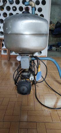 2 Bomba de água com balão de pressão