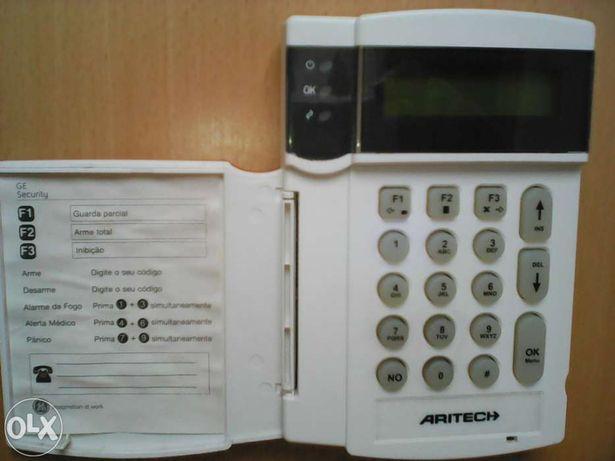 3 Teclados Aritech GE para central anti intrusão - para peças